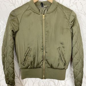 DIVIDED H&M Military Green Quilted Bomber Jacket 6